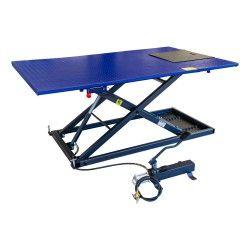 Quadlift 675kg met hydraulische voetpomp en luchtbediening
